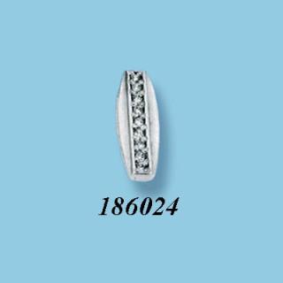 Strieborný prívesok so zirkónmi 186024