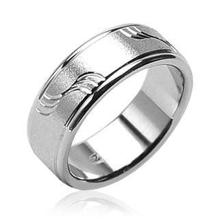 Oceľový prsteň Spikes H0801