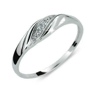 Strieborný prsteň so zirkónmi 2084