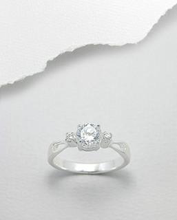 Strieborný prsten 669