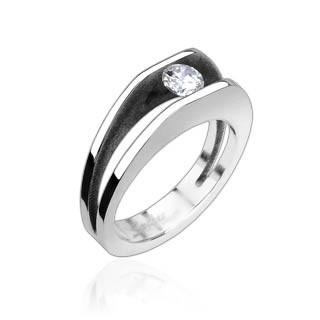 Oceľový prsteň Spikes-8003